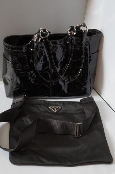 brandバッグを店舗で買取査定